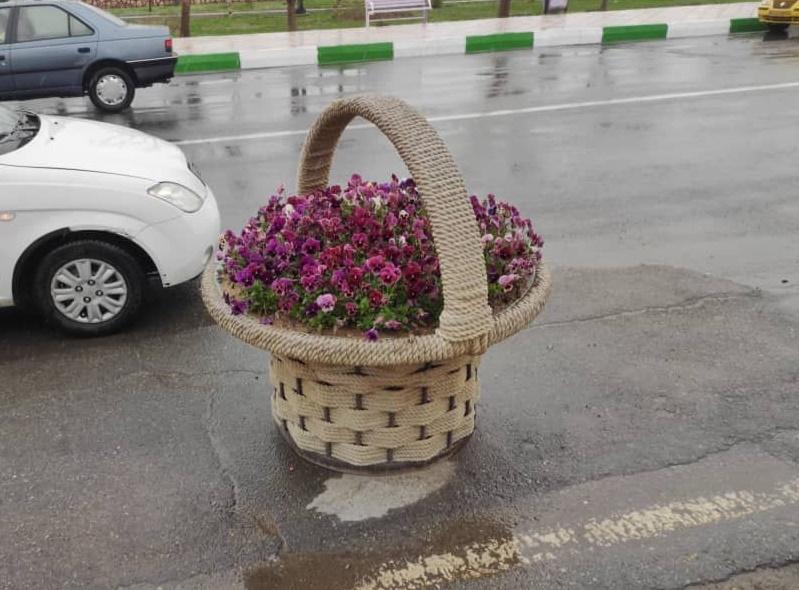تولید و پخش گلدان های شهری